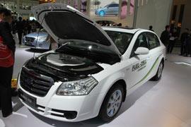 一汽奔腾B70 FCV燃料电池轿车