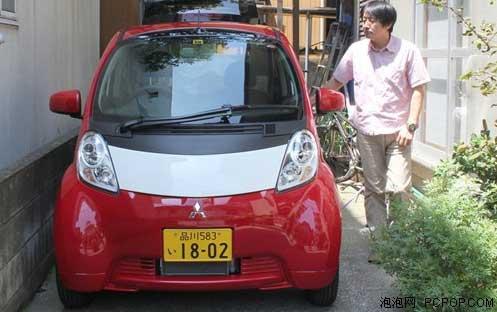 这就是采用电动汽车做为音响系统的供电装置