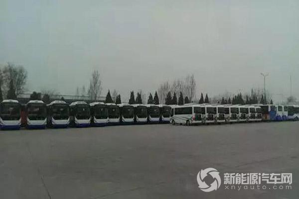 中通新能源公交车在濮阳投入运营