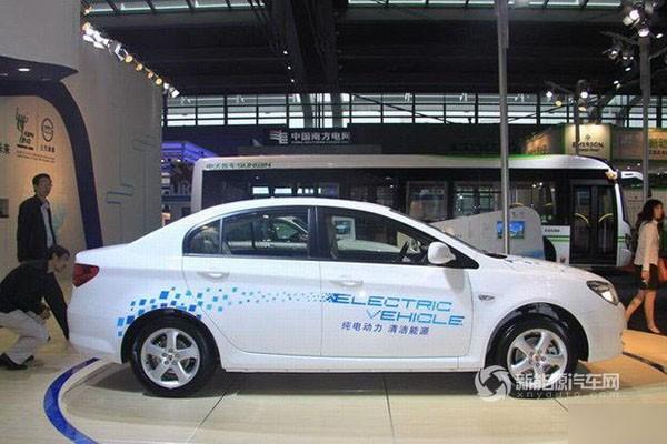上汽荣威350纯电动轿车