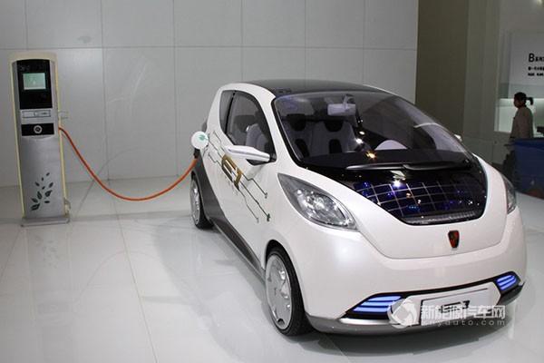 上汽E1纯电动轿车