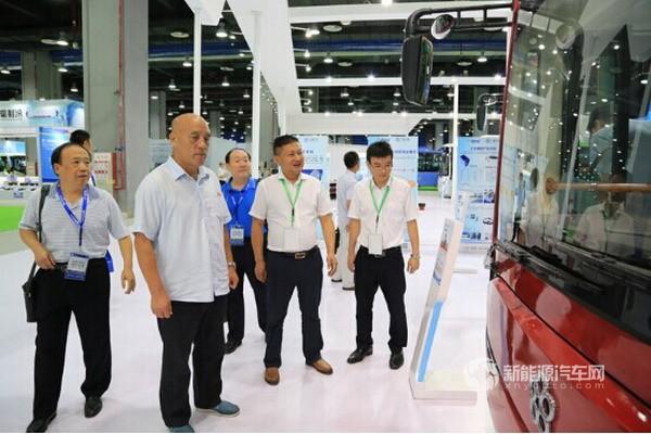 银隆新能源亮相2016广东国际城市公共交通展览会
