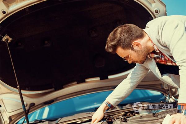 汽车的蓄电池为什么不使用锂离子电池?
