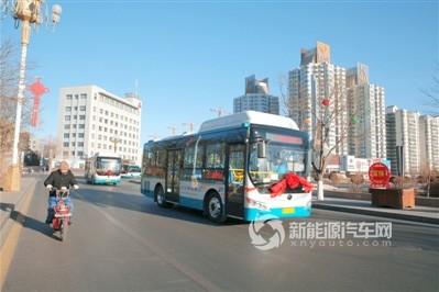 甘肃嘉峪关:新能源公交已正式投入运营