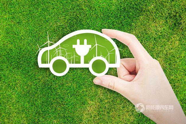 2017年我国新能源汽车累计销量达77.7万辆 同比增53.3%