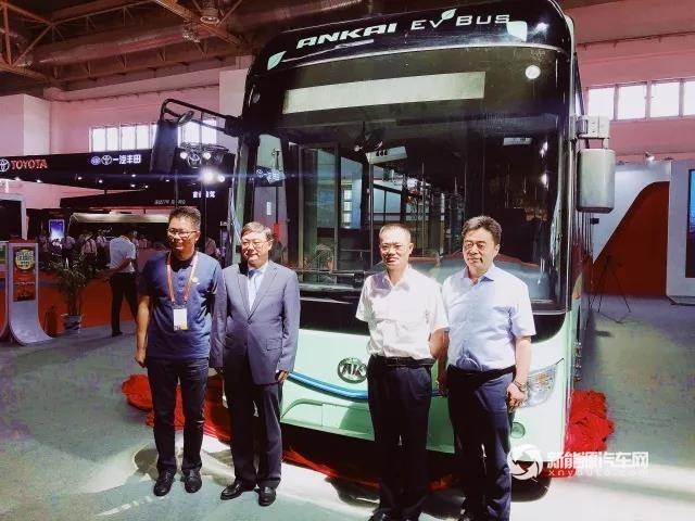 安凯客车第六代纯电动客车交通展上市发布