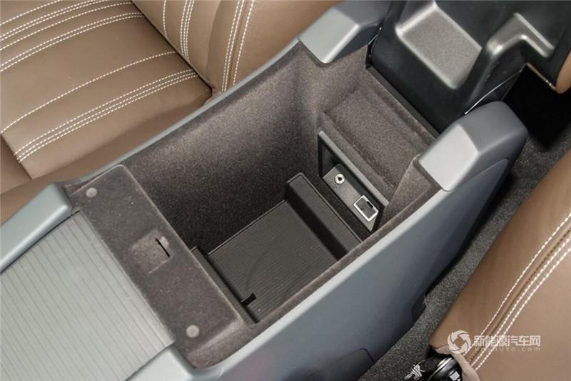 沃尔沃S60L混动 2015款 T6 智越版