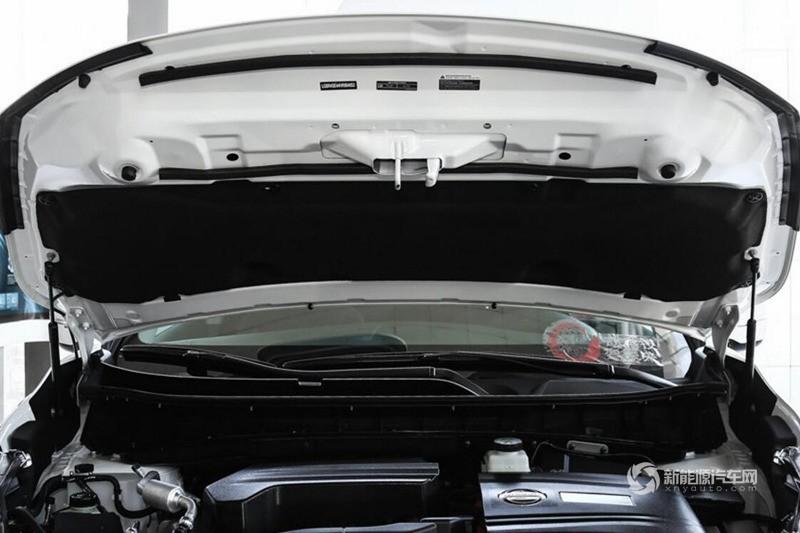 楼兰混动 2017款 2.5L S/C HEV XE HEV四驱 尊尚版