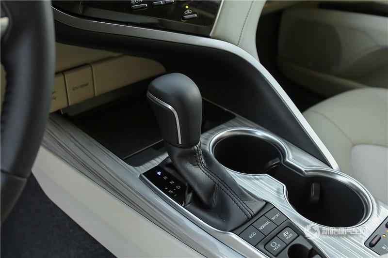 凯美瑞 双擎 2018款 2.5HQ 旗舰版
