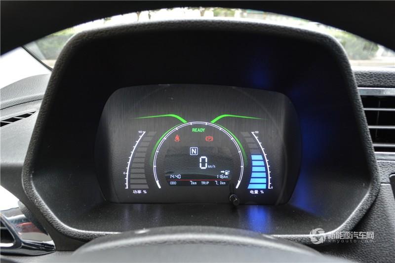 北汽EC200 2017款  灵秀版
