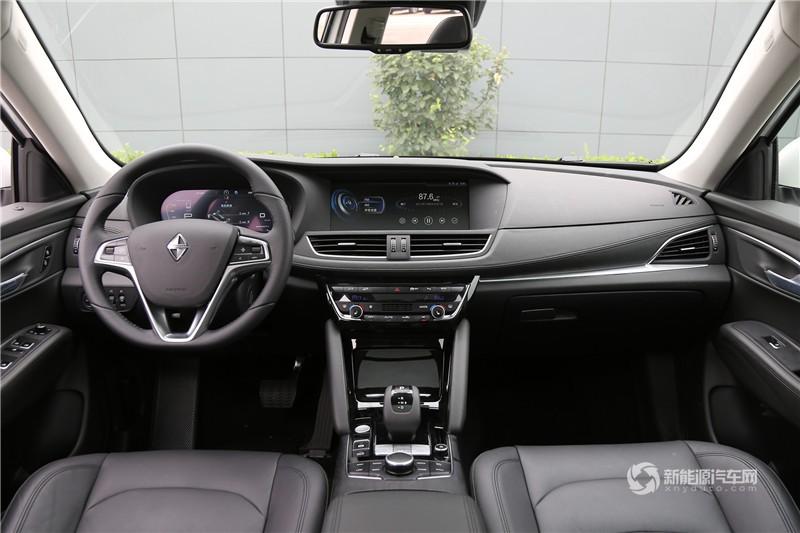 宝沃新能源 2018款 BXi7 四驱旗舰型