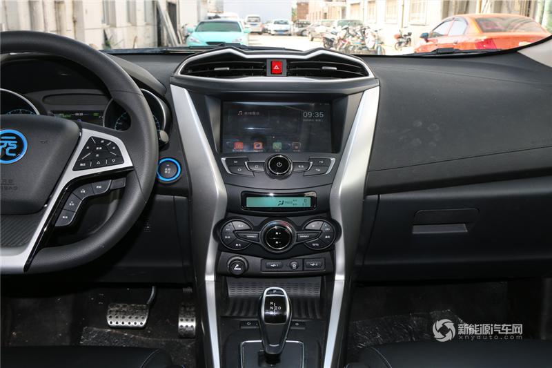 元EV 2018款 360 智联创酷型