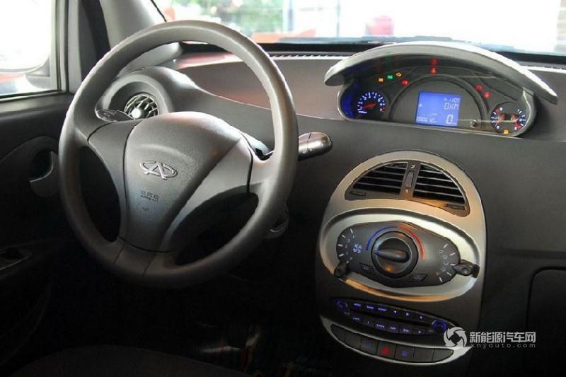奇瑞瑞麒M1 EV纯电动轿车