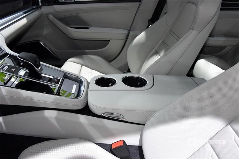 Panamera 4 E-Hybrid 2017款 SportTurismo 2.9T
