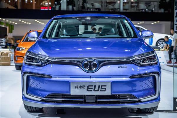 北汽新能源EU5 R550广州车展后陆续交付