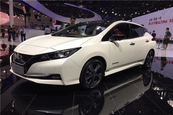 2018广州车展实拍日产聆风电动轿车
