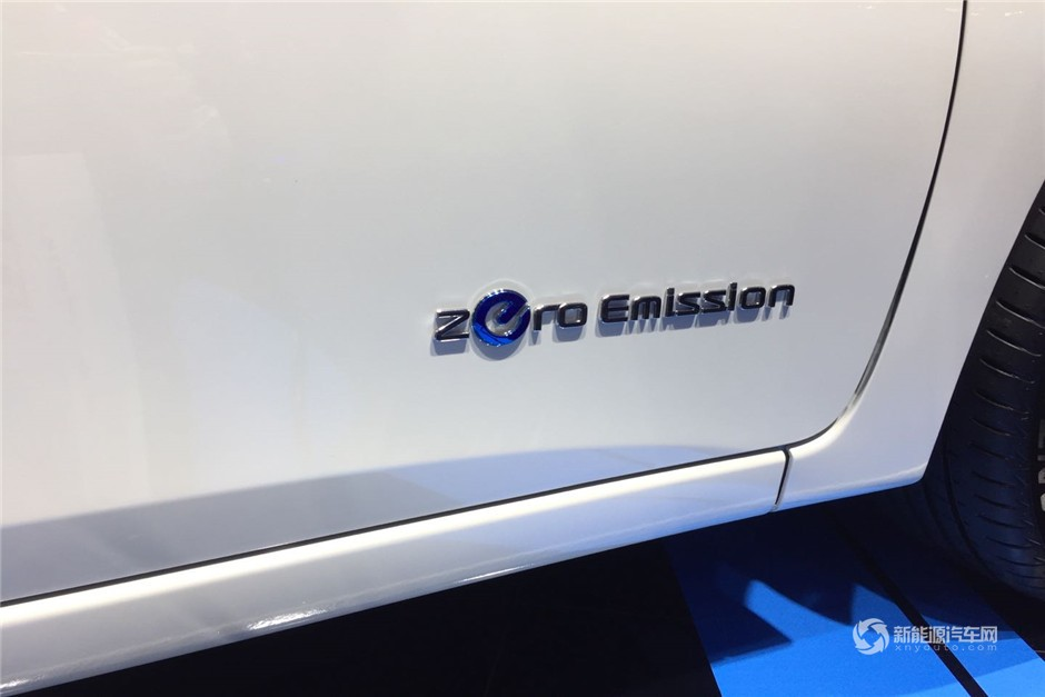 实拍日产轩逸EV1