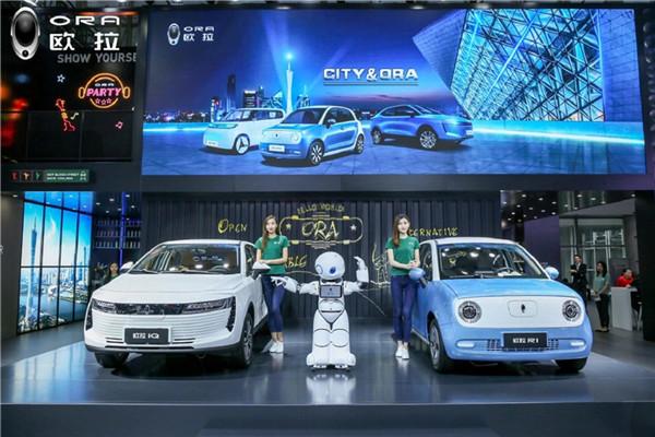 2018广州车展欧拉iQ、R1火力全开