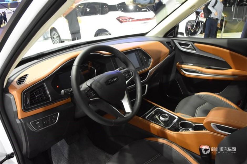 众泰纯电动SUV ET450正式亮相3
