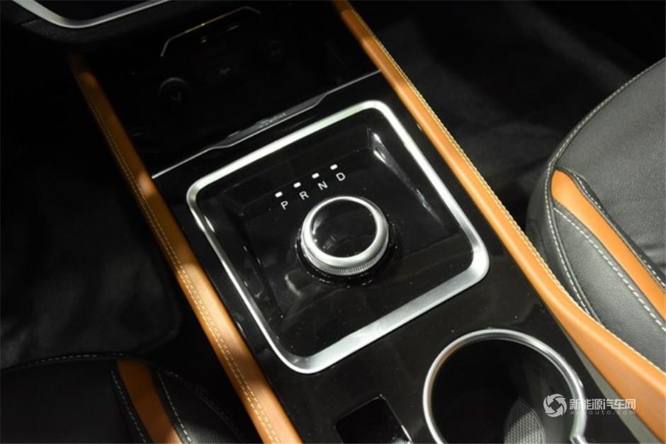 众泰纯电动SUV ET450正式亮相6