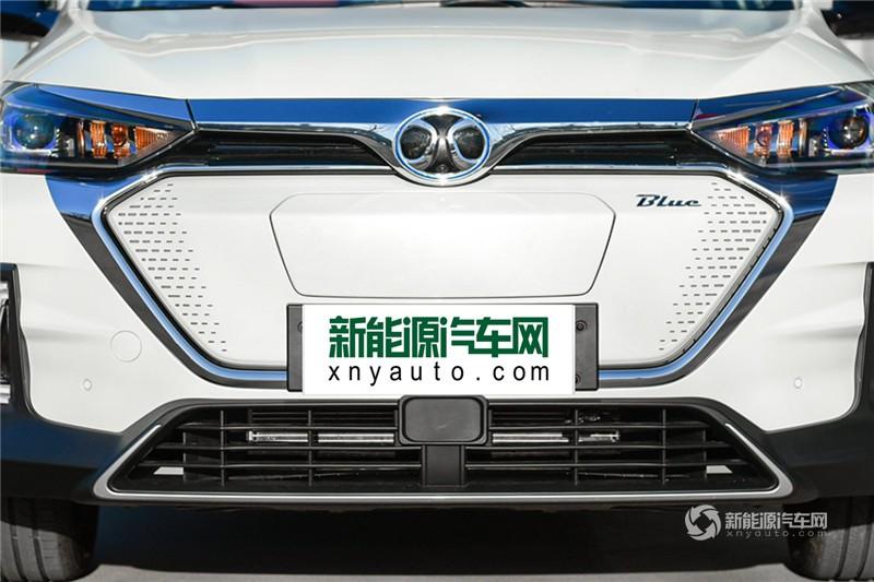 北汽EX5 2019款 悦潮版