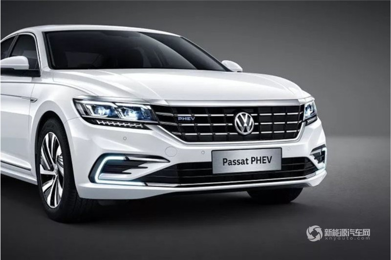 上汽大众-帕萨特PHEV 2019款 1.4T 混动精英版