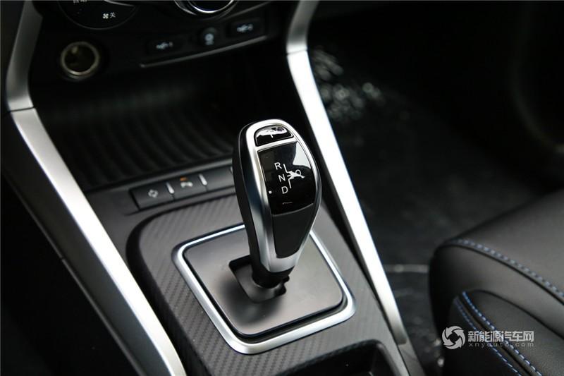 元EV 2019款 360 智联领尚型