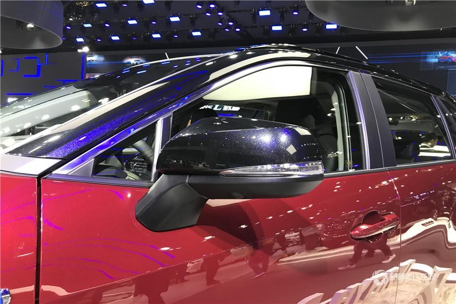 丰田RAV4双擎版3