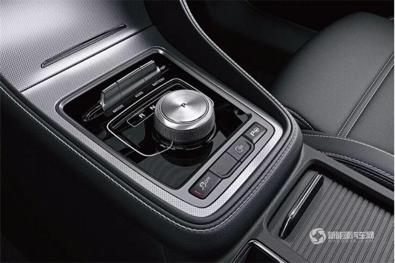 名爵6新能源 2018款 45T E-DRIVE智驱混动 尊享互联网版