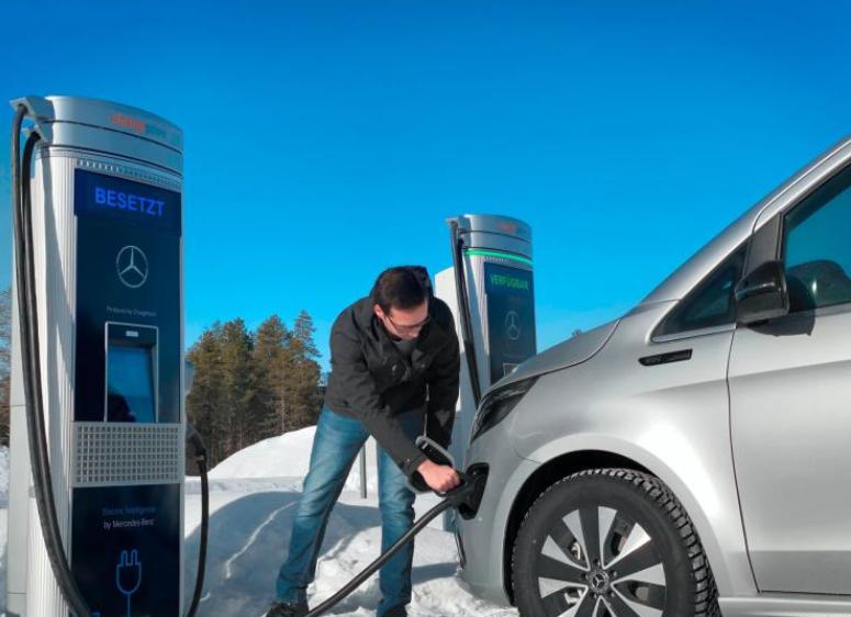 奔驰EQV完成极寒测试 预计今年夏季上市