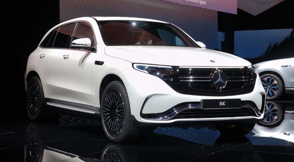 奔驰EQC推保价政策应对新能源车型补贴退坡