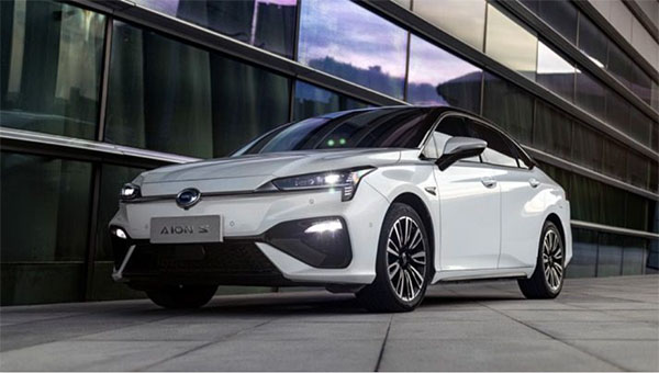 品质再度升级 新款广汽新能源Aion S上市