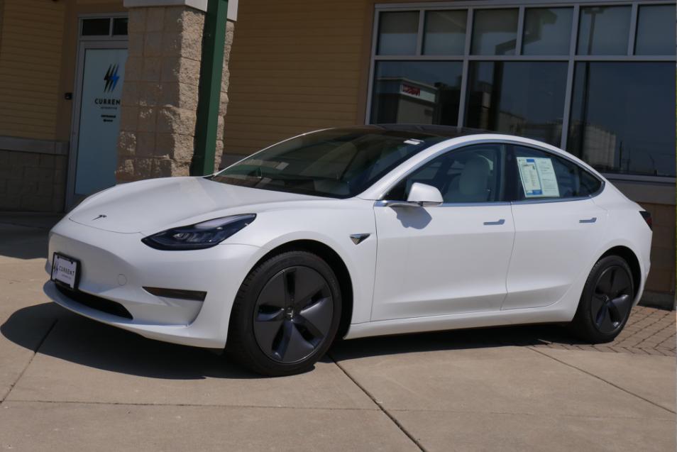 特斯拉Model 3被控突然加速 存在极其危险故障
