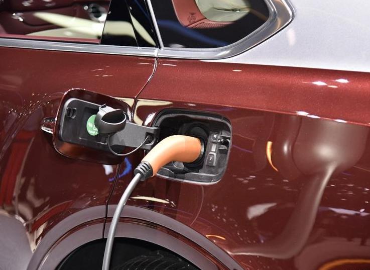 财政部:延续对新能源汽车发展的政策支持