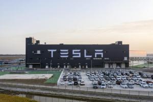 全球电动车年产能已接近100万辆 特斯拉季度的财报发布