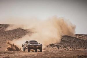 预计2023年正式参加达喀尔拉力赛 新能源赛车进行测试