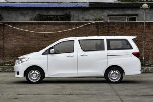 2021款野马斯派卡EV上市 售10.99万起