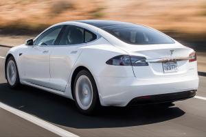 特斯拉计划2021年底关闭Model S和Model X装配线