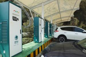 截止2020年12月 全国充电基础设施累计数量为168.1万台