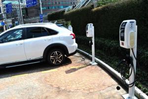 新建充电桩7万个 2021年上海将出台新能源汽车发展计划