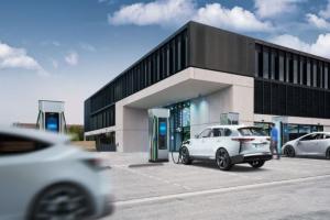 西门子推全新快速充电器 峰值效率96%