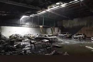 特斯拉回应:与公司无关 宜兴贴膜店起火或因特斯拉自燃?