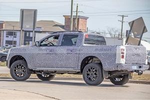 未来有望推出插混版车型 全新福特Ranger皮卡最新谍照