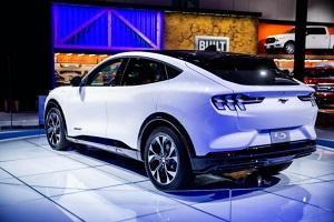 2030电动车销量占比40% 福特发展重点公布电池投资