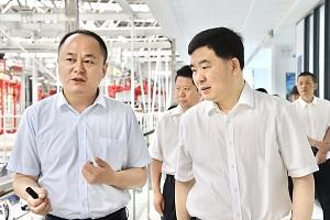 浙江省人力资源和社会保障厅厅长吴伟斌一行调研考察零跑金华AI工厂