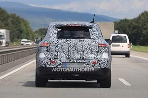 有望2023年国产 奔驰EQE SUV测试图片曝光