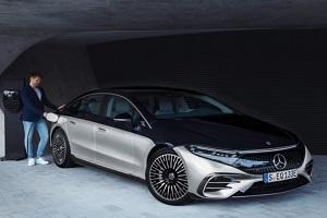 提供两款车型起售价约80.8万元 奔驰EQS海外开售