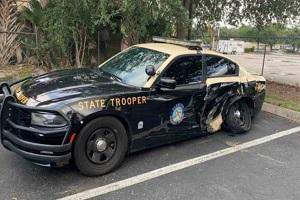 车主称在Autopilot状态 特斯拉Model 3在美国再撞警车