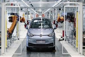 包含新加功能、软件修复、性能升级 大众电动汽车均可进行免费软件更新
