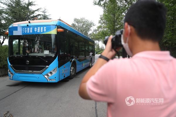 中通5G智能驾驶客车